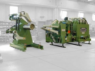 Особенности конструкции листоправильных машин